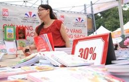 Sôi động Ngày Sách Việt Nam đầu tiên