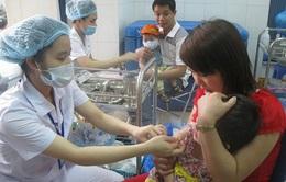 Hà Nội tiếp tục tiêm vaccine sởi cho trẻ em