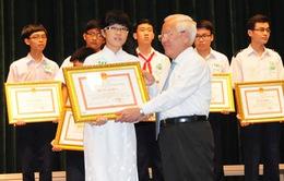 TP.HCM tuyên dương học sinh giỏi năm học 2013-2014