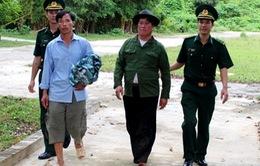 Bắt 8 đối tượng vượt biên trái phép sang Lào
