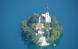 Ghé thăm đảo tự nhiên nhỏ bé ở Slovenia