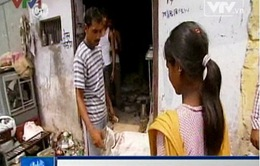 Khao khát thoát nghèo của trẻ em đường phố Ấn Độ