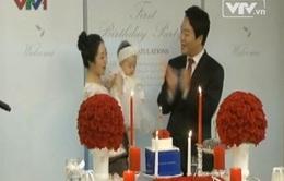 Người dân Hàn Quốc khoe giàu sang bằng lễ thôi nôi?