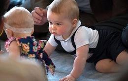 Ngắm những hình ảnh siêu đáng yêu của Hoàng tử bé nước Anh