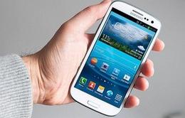 Người dùng hài lòng với Galaxy S III hơn iPhone 5