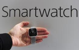 Apple, Samsung đối đầu trên thị trường smartwatch