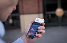 Breathometer:Thiết bị đo nồng độ cồn qua smartphone