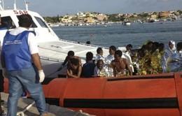 Italy để tang 300 nạn nhân vụ lật tàu
