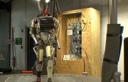 Robot mô phỏng cử chỉ của con người