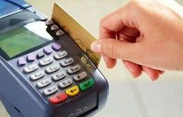 Người Hàn Quốc nghiện sử dụng thẻ tín dụng