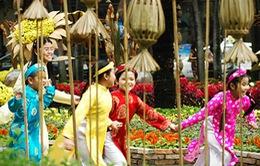 Xu hướng ăn tết Tây của người Việt