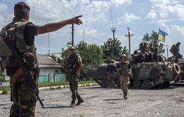 Chiến sự tiếp diễn căng thẳng tại miền Đông Ukraine