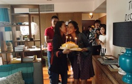 Angelababy đón sinh nhật bất ngờ tại phim trường