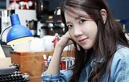 Lee Ji Ah đổi nghề biên kịch tại Hollywood