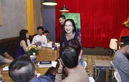 Minh Thùy Vietnam Idol thon thả bất ngờ