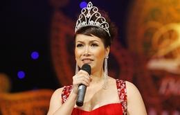 Hoa hậu Bùi Bích Phương tái xuất ở Hoa khôi Trí Tuệ 2013