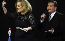 Adele nói ngắn vì sợ... bị ngắt lời