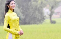 Hoa hậu Ngọc Hân dẫn chương trình Ngôi sao thiết kế Việt Nam