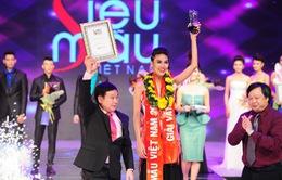 Trần Ngọc Lan Khuê đăng quang Siêu mẫu Việt Nam 2013