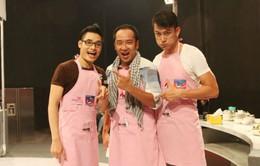 Siêu mẫu Trung Cương và MC Đình Hiếu đối đầu trong bếp