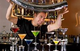 Chương trình 23h: Rượu có thực sự làm giới trẻ mất kiểm soát?