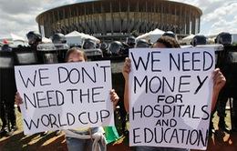 Biểu tình liên tục xảy ra tại Rio de Janeiro