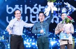 Tùng Dương giành giải Bài hát yêu thích tháng 6