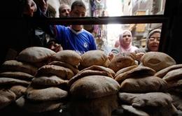 Ai Cập: Người dân bất bình vì chính sách giảm trợ giá bánh mỳ