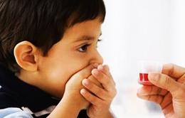 Làm gì khi trẻ sợ uống thuốc