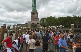 Mỹ mở cửa trở lại khu tham quan tượng Nữ thần Tự do