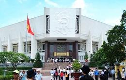 Bảo tàng Hồ Chí Minh sẽ phục vụ du khách buổi trưa