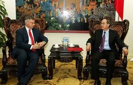 Phó Thủ tướng Nguyễn Thiện Nhân tiếp tân Đại sứ Cộng hòa Áo