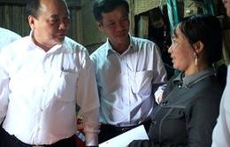 Phó Thủ tướng Nguyễn Xuân Phúc thăm vùng lũ Quảng Ngãi