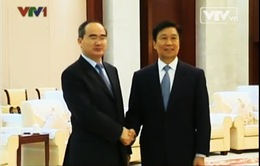 Đoàn đại biểu cấp cao Việt Nam hội kiến Phó Chủ tịch nước Trung Quốc
