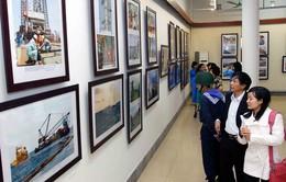"""200 bức ảnh được trưng bày tại """"Biển đảo tổ quốc"""""""