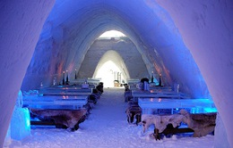 """Khám phá """"làng tuyết"""" tại Phần Lan"""
