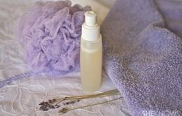 Tự làm gel tắm dưỡng ẩm từ oải hương