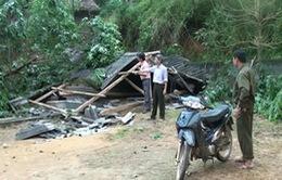 Mưa lốc gây thiệt hại nặng nề tại các tỉnh phía Bắc