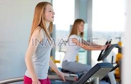Tập thể dục giúp bạn gái tuổi teen nữ tính hơn