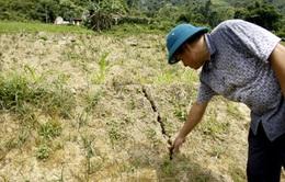 Lào Cai: Xuất hiện vết nứt dài đe dọa nhiều hộ dân