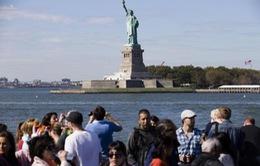 Khu Tượng Nữ thần Tự do mở cửa trở lại bất chấp lệnh cấm