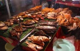 Độc đáo chợ đêm Dinh Cậu - Phú Quốc