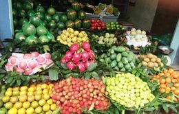 Cận Tết, hoa quả tăng giá mạnh