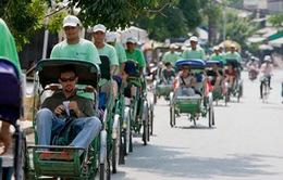 Campuchia bảo tồn xe xích lô bằng du lịch