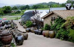 Đồ gốm Onggi Jeju - Sản phẩm từ đá, lửa cùng linh hồn của Jeju