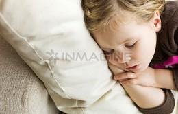 Trẻ ít ngủ sẽ ăn nhiều hơn