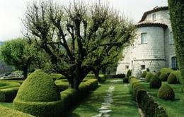 Khu vườn tuyệt đẹp của lâu đài Gourdon, Pháp