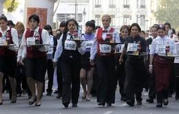 Argentina: Độc đáo cuộc chạy đua của các phục vụ bàn