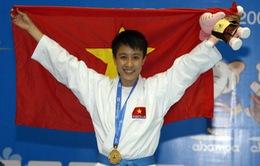 Nhà vô địch karatedo Asiad trở lại thảm tập
