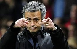 """Một lần nữa, Mourinho vẫn cứ """"đặc biệt"""""""